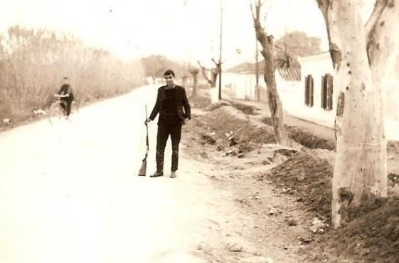 Η Διεύθυνση Εποικισμού απαλλοτρίωσε ένα τσιφλίκι, του γαιοκτήμονα Βαρατάσου, 4 χλμ έξω από την Χαλκίδα, το 1924. Οι εργολάβοι ξεκίνησαν να χτίζουν σπίτια για την προσφυγική ομάδα της Λαμψάκου και στο έργο αυτό απασχολήθηκαν και πολλοί Λαμψακιώτες. Ο συνοικισμός ολοκληρώθηκε δύο χρόνια μετά και περιελάμβανε 104 σπίτια. Το 1926 έγινε […]
