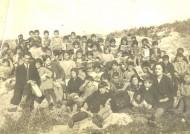 Η ελληνική κοινότητα είχε το δικό της χαμάμ και το δικό της σχολείο, ένα πέτρινο διώροφο κτίσμα. Είχε επίσης και παρθεναγωγείο για τα κορίτσια. Οι μαθητές παρακολουθούσαν την βασική εκπαίδευση, που θεωρούνταν ότι είναι μέχρι τρίτη Δημοτικού. Για περαιτέρω σπουδές έπρεπε να πάνε απέναντι στην Καλλίπολη ή στην Κων/πολη. Στο […]